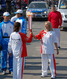 kazakova奥林匹克oxana继电器火炬 免版税库存图片