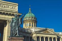 Kazan καθεδρικός ναός στο μπλε ουρανό Αγίου Πετρούπολη στοκ φωτογραφίες με δικαίωμα ελεύθερης χρήσης