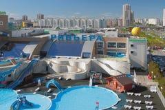 Kazan, Ρωσία - 26 Μαΐου 2018: Riviera aquapark και πόλη Στοκ εικόνες με δικαίωμα ελεύθερης χρήσης