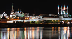 Kazan Kremlin bis zum Nacht Stockfotografie