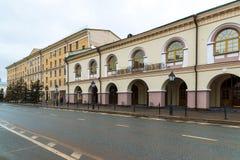 Kazan, Rússia - 25 de março 2017 Gostiny Dvor na rua do Kremlin Imagens de Stock
