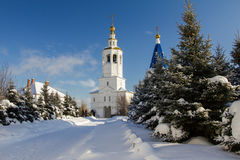 Kazan, Rússia, o 9 de fevereiro de 2017, monastério de Zilant - a construção ortodoxo a mais velha na cidade - dia ensolarado da  Imagem de Stock