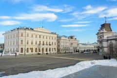 Kazan republik av Tatarstan, Ryssland Närliggande Kreml för gata royaltyfri fotografi