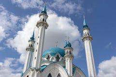 Kazan Ryssland - Augusti 9, 2018: Kul Sharif Mosque Kol Sharif, Qolsherif, Qol Sharif i den Kazan Kreml En av de största moskéern arkivbilder