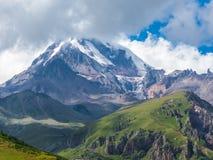 Kazbek georgia Lizenzfreie Stockfotografie