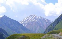 Kazbek zet, de Kaukasus, Georgië op Royalty-vrije Stock Fotografie