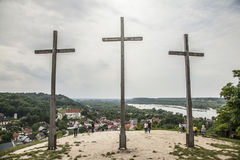 Kazimierz Dolny, Polonia - la colina de tres corsses Foto de archivo libre de regalías