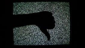 Kciuk up przeciw statycznemu TV hałasu tłu, kciuka puszek dla jak, niechęć i pojęcie zatwierdzenia i dezaprobaty zbiory wideo