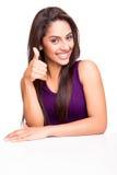 kciuki w górę pokazać kobietę zdjęcia royalty free