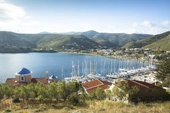 Kea小游艇船坞,是希腊海岛在基克拉泽斯群岛在爱琴海 免版税图库摄影