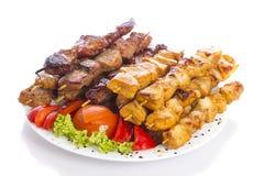 Kebab über weißem Hintergrund Lizenzfreie Stockbilder