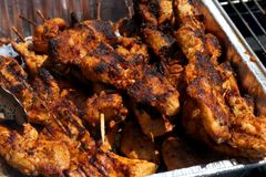 Kebab arrostito del pollo in una pentola Fotografia Stock