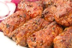 Kebab asado a la parrilla turco imagenes de archivo