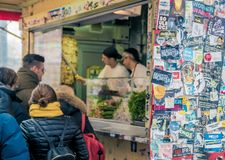 Kebab del Gemuese di Mustafa a Berlino immagine stock libera da diritti