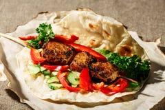 Kebab del kofte de Shish Fotografía de archivo libre de regalías