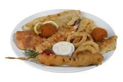 Kebab del pesce, pesce infilzato con le verdure Immagini Stock Libere da Diritti