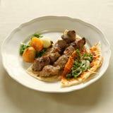 Kebab di Shish, agnello del bbq, cucina libanese. Fotografia Stock