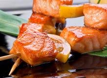 Kebab frito salmones Imágenes de archivo libres de regalías