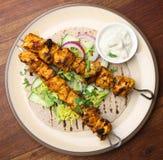 Kebab indiani di Tikka del pollo Immagini Stock Libere da Diritti