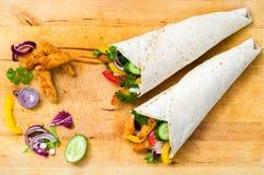 Kebab met groenten en kip Stock Afbeeldingen