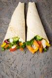Kebab met groenten en kip Royalty-vrije Stock Foto's