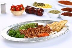 Kebab turco tritato e alinazik della carne Fotografia Stock