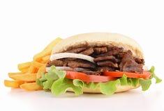 Kebab y patatas fritas foto de archivo