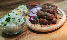 Kebabs - carne asada a la parrilla fotografía de archivo libre de regalías