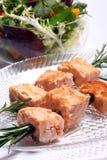 Kebabs di color salmone cotti Immagini Stock Libere da Diritti
