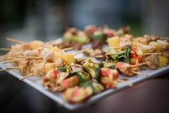 Kebabs und Lebensmittel Lizenzfreie Stockfotografie