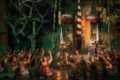 Kecak舞蹈巴厘岛 免版税库存照片