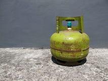 Kediri, Indonesien - 1. Dezember 2018: Pertamina-Gas-Flasche lizenzfreie stockfotografie