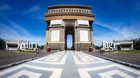 Kediri Indonesien - mars 20, 2018: Monument Simpang Lima Gumul royaltyfria foton