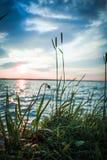 kedjan räknar yttersida USA för solnedgången för skyen för fotografi för horisontalillinois lakelakes ljus o orange Stäng sig upp fotografering för bildbyråer
