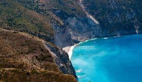 Kefalonia wyspa, Grecja Piękny widok Mirtos zatoka zdjęcia royalty free