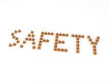 Kegel der Sicherheit 3D, welche die Wort Sicherheit bilden. Stockfotografie