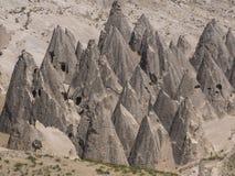 Kegel rotsvormingen in Cappadocia, Turkije Stock Afbeelding