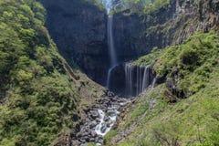 Kegon cai, uma das três quedas as mais bonitas, em Japão foto de stock