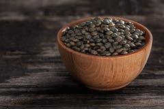 Keimungs-Samen in einer hölzernen Schüssel Lizenzfreies Stockbild