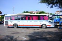 Kein Esarn-Touristikunternehmenbus 175-24 Lizenzfreie Stockfotos