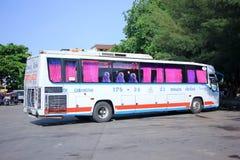 Kein Esarn-Touristikunternehmenbus 175-24 Stockfotos