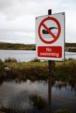 Kein Schwimmen-Zeichen, Dartmoor, England Stockfoto