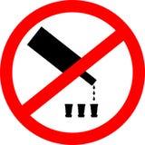 Kein trinkendes Zeichen Kein Alkoholzeichen lokalisiert auf weißem Hintergrund Stockfoto