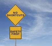 Keine Abkürzungen zur Sicherheit Stockfotografie