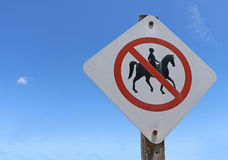 Keine Pferde Zeichen erlaubt Stockfotos