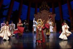 Keizer de lijfwacht-tweede handeling: een feest in de van het paleis-heldendicht de Zijdeprinses ` dansdrama ` royalty-vrije stock foto