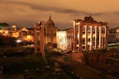 Keizerforum bij nacht, Rome, Italië Stock Afbeeldingen