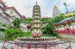 Kek Lok Si寺庙在空气位于的佛教寺庙Itam在槟榔岛 免版税库存照片