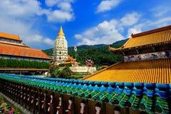 Kek Lok Si buddisttempel royaltyfria bilder