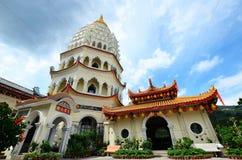 Kek Lok Si tempel in i luft Itam, Penang arkivfoton